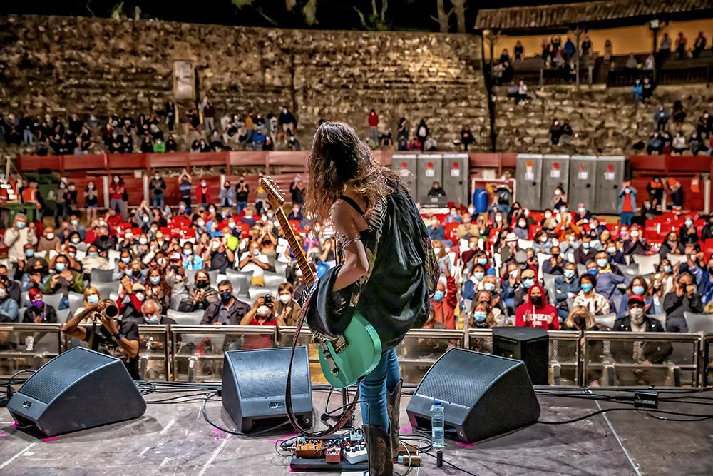 Vista del público desde el escenario